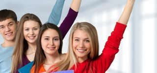 How to Choose the Right University and Degree  - A Complete Guideline for the Students